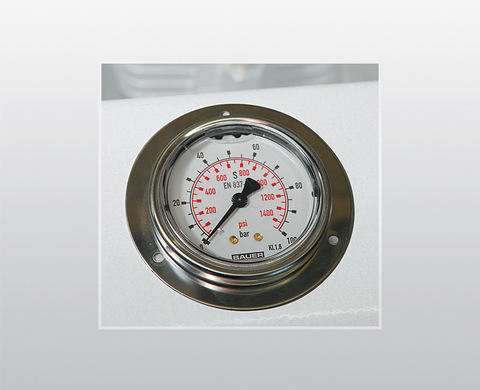 Intermediate pressure gauges